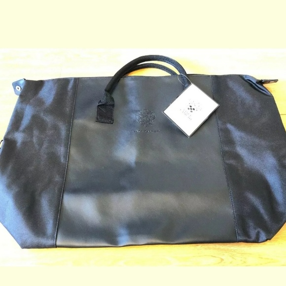 VINCE CAMUTO Other - VINCE CAMUTO BLACK WEEKENDER DUFFLE BAG